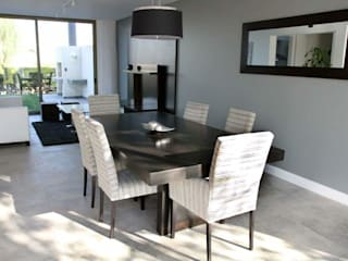 Estudio Karduner Arquitectura Modern dining room Wood Grey