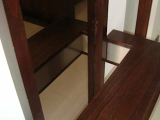 Estudio Karduner Arquitectura Modern Corridor, Hallway and Staircase Wood White