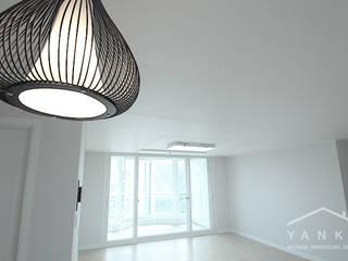 Modern living room by 얀코인테리어 Modern