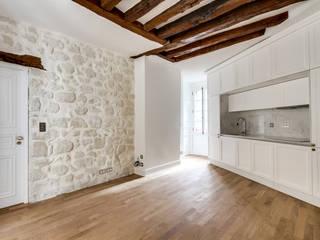 Cozinha em Paris Grupo Emme Cozinhas Cozinhas modernas Branco