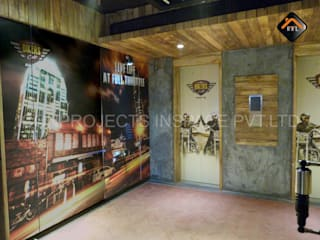 The Biker's Caf'e Rustic style hotels by ICON PROJECTS INSPACE PVT.LTD Rustic
