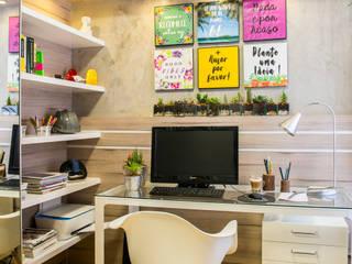 Sala de estudo: Escritórios  por Juliana Teixeira Arquitetura,Moderno