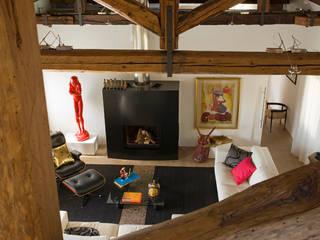 Appartamento in centro storico Soggiorno eclettico di Filippo Coltro architetto Eclettico
