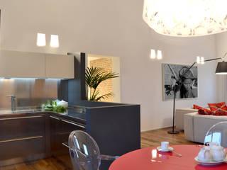 Appartamento in campagna Sala da pranzo moderna di Filippo Coltro architetto Moderno