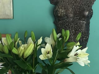 Muro Ingreso :  de estilo  por Lucille Design + Studio