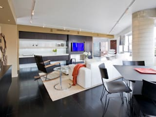 Flat on the Georgetown Canal Modern Living Room by FORMA Design Inc. Modern