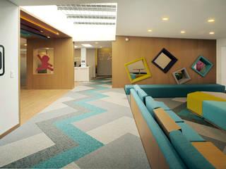 MDV Arquitectura: modern tarz , Modern