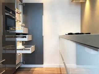 Maatwerk keukenontwerp: moderne Keuken door Grego Design Studio