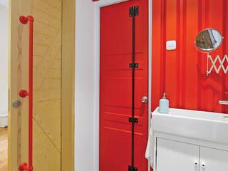 IDEO DESIGNWORK Industrial style bathroom