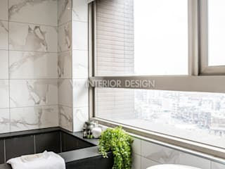 信義何公館:  浴室 by VH INTERIOR DESIGN