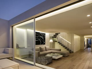 BLS | Casa bajo el azul del cielo Casas de estilo minimalista de Gallardo Llopis Arquitectos Minimalista