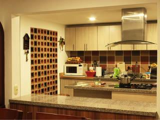 Cocinas de estilo  por Ensamble de Arquitectura Integral, Minimalista