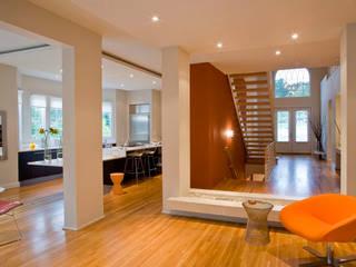 Lake Barcroft Residence Modern Corridor, Hallway and Staircase by FORMA Design Inc. Modern