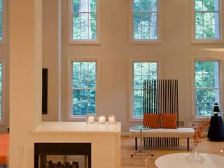 Lake Barcroft Residence Modern Living Room by FORMA Design Inc. Modern