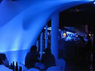 Ampliacion Bar FD Bares y clubs de estilo moderno de IPALMA ARQUITECTOS Moderno
