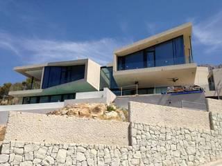 Houses by Cáliz Vázquez Arquitectura e Interiorismo