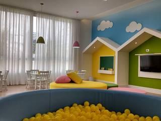 Brinquedoteca - Edifício Max Living: Quartos de bebê  por Chris Brasil Arquitetura e Interiores