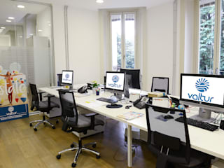 restyling uffici Valtur - Milano:  in stile  di MB CONTRACT SRL, Moderno
