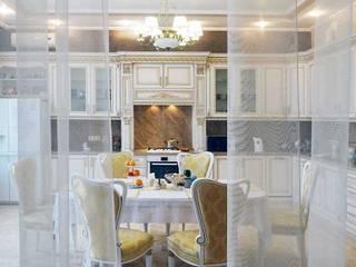 Дом в классике Кухня в классическом стиле от Idea-Gold Классический