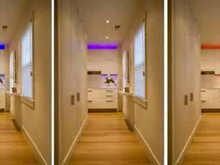 Zen Modern 2.0 Modern Corridor, Hallway and Staircase by FORMA Design Inc. Modern