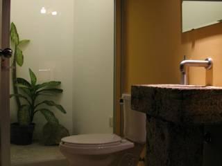 escala1.4 Modern Bathroom