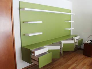 Mueble de TV para family room:  de estilo  por MSTYZO Diseño y fabricación de mobiliario
