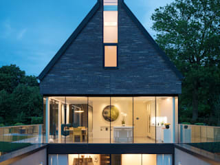 Water End House Modern houses by IQ Glass UK Modern