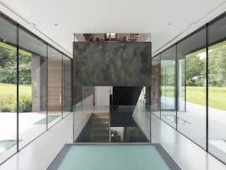 Water End House IQ Glass UK Modern corridor, hallway & stairs