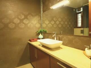 Residence at Harlur Road Modern bathroom by Space Trend Modern