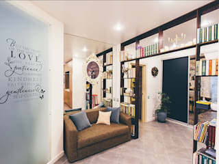 Scandinavian style corridor, hallway& stairs by LUXEMBURG Scandinavian
