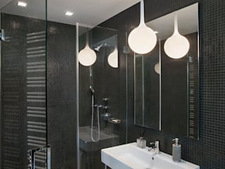 High Line Penthouse, New York, NY:  Bathroom by BILLINKOFF ARCHITECTURE PLLC