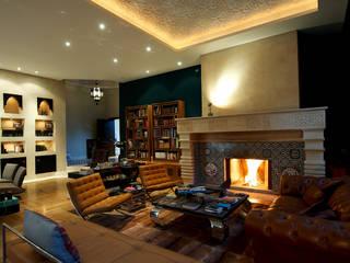 Large Living Рабочий кабинет в средиземноморском стиле от Design Zone Средиземноморский