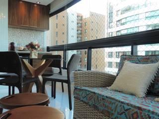 Indaiá Varandas, alpendres e terraços rústicos por Estúdio_2M Rústico