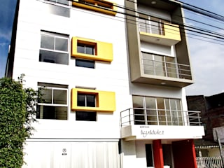 Edificio Aguadulce: Casas de estilo  por ARKETIPO diseño + construccion