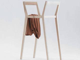 Kleiderhalter -Kammerdiener von Stadtnomaden GmbH Minimalistisch
