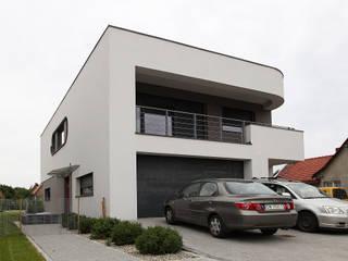 willa Żurek 03: styl , w kategorii Dom jednorodzinny zaprojektowany przez  dr Jacek Krzysztof Żurek Autorska Pracownia Projektowa