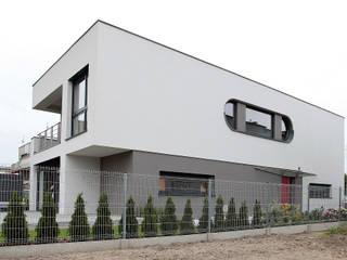 willa Żurek 03: styl nowoczesne, w kategorii Domy zaprojektowany przez  dr Jacek Krzysztof Żurek Autorska Pracownia Projektowa