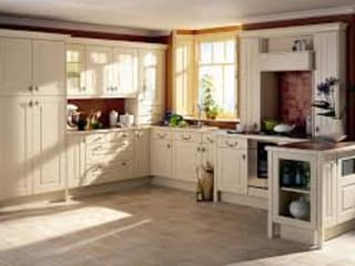 Fitted Kitchen Designs: classic  by United Kitchens and Bedrooms, Classic
