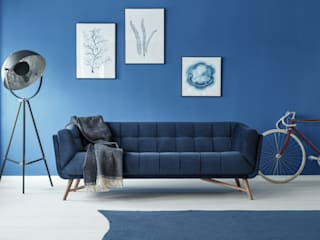 Blue sofa: modern Living room by homify demonstration profile
