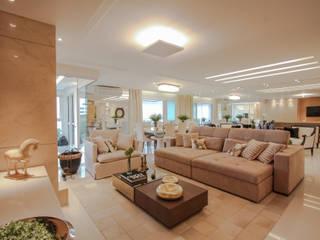 Majestic: Salas de estar  por Factus Arquitetura Planejamento Interiores,Moderno