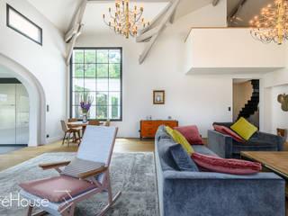 Rénovation d'une maison individuelle à Biarritz Salon moderne par Agence CréHouse Moderne