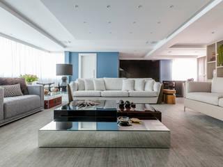 Apartamento SSW: Salas de estar  por Thiago Mondini Arquitetura,Moderno