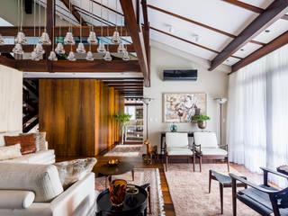 Ruang Keluarga oleh Thiago Mondini Arquitetura, Eklektik