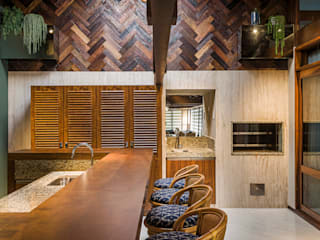 Churrasqueira: Cozinhas  por Thiago Mondini Arquitetura,Eclético
