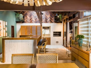 Eclectic style dining room by Thiago Mondini Arquitetura Eclectic