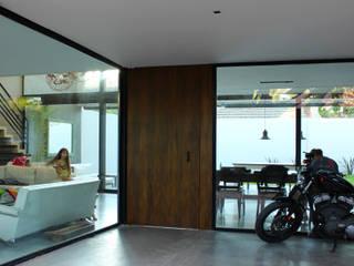 VIVIENDA UNIFAMILIAR: Casas de estilo  por DUA Arquitectos