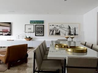 sala de estar/tv e jantar Salas de estar modernas por arquitetaspe Moderno