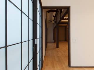 古包の寝室/和風リノベーション・和風リフォーム: 森村厚建築設計事務所が手掛けた寝室です。