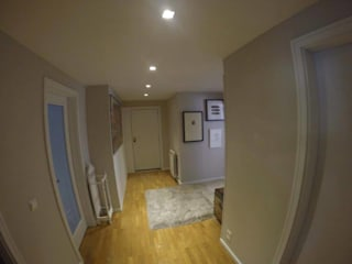 MIA arquitetos Couloir, entrée, escaliers minimalistes Gris