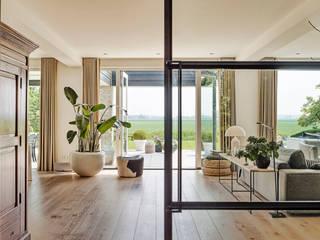Jolanda Knook interieurvormgeving Salas de estilo moderno